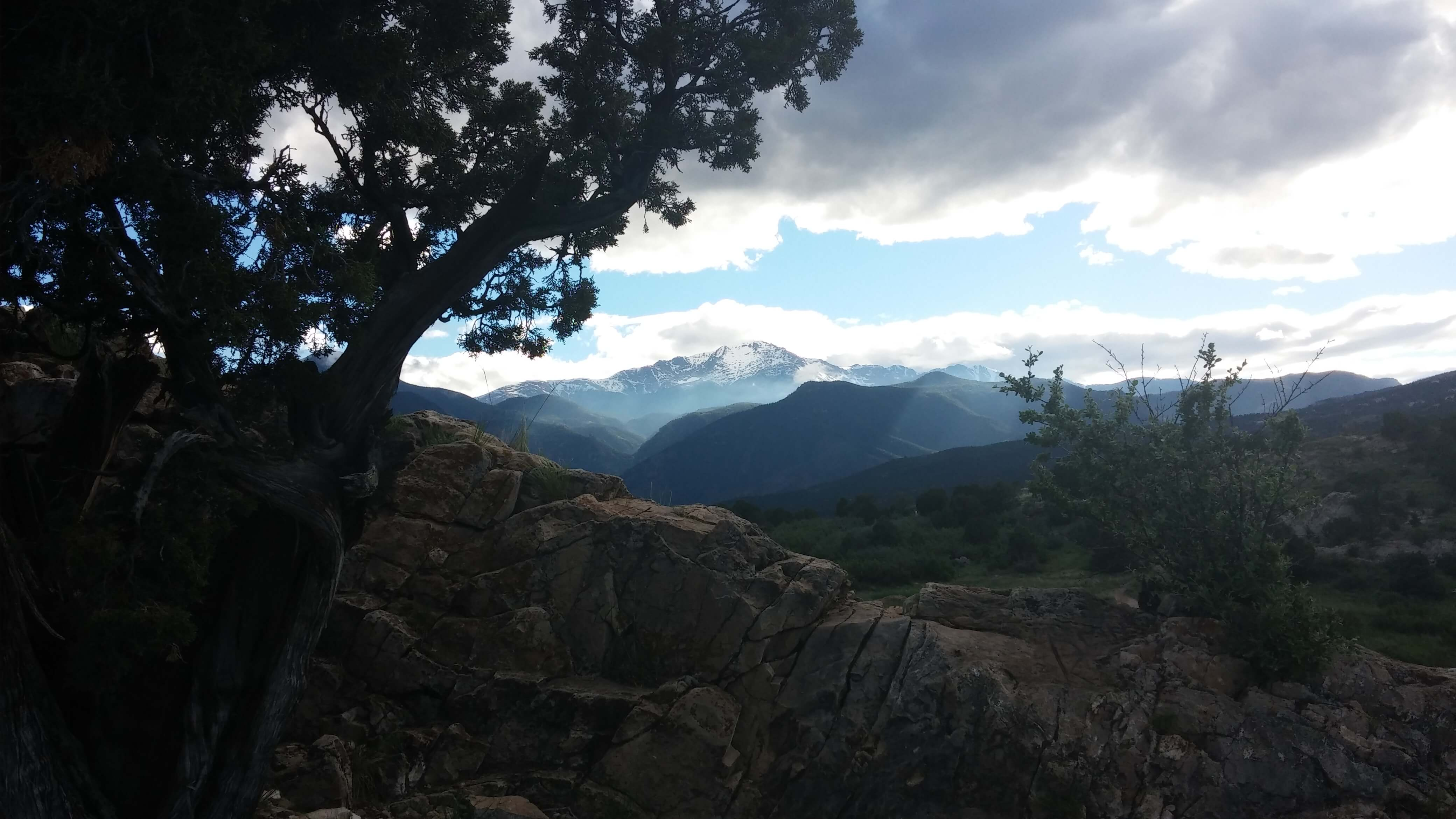 Mother and Daughter Survive Impromptu Hike of Pikes Peak